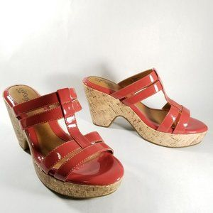 Sofft Eurosoft Pink Patent Faux Leather Sandals